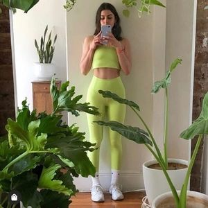 ☆ISO☆ GIRLFRIEND COLLECTIVE LIME SET